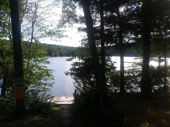 Seasonal Roscoe Home on Private Lake