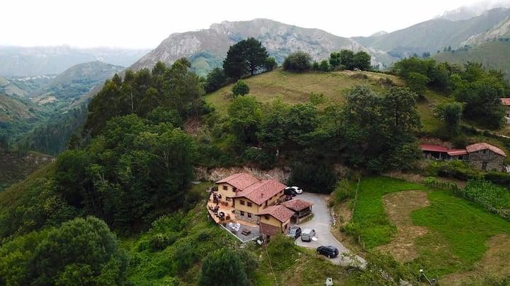 Carroceu Rural, en plena naturaleza asturiana.