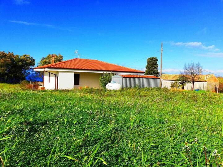 Villa Marchese, privata e immersa nel verde!