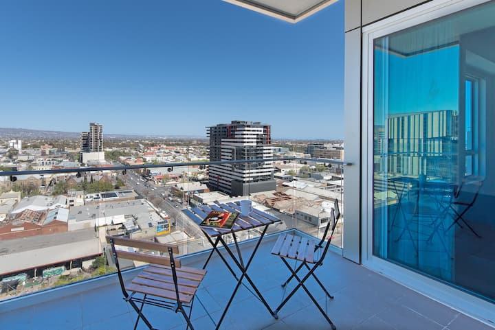 Deluxe Penthouse Great City View Free Parking #1