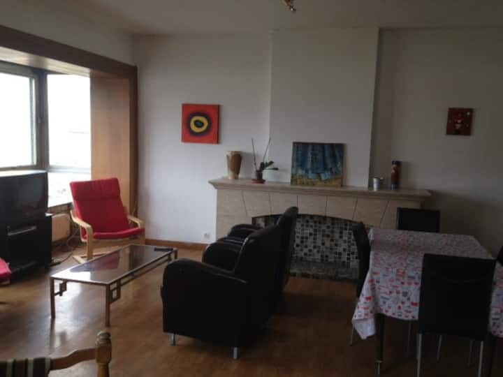 Appartement 5 chambres. (B 3) Ref 20720200
