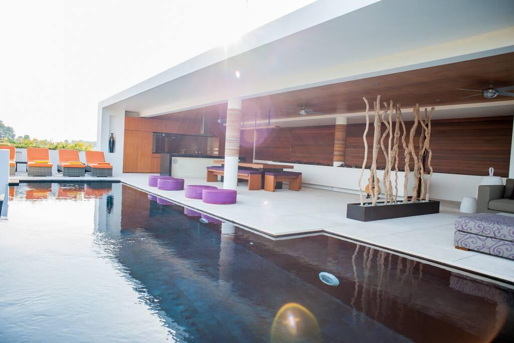 Infinity rooftop pool