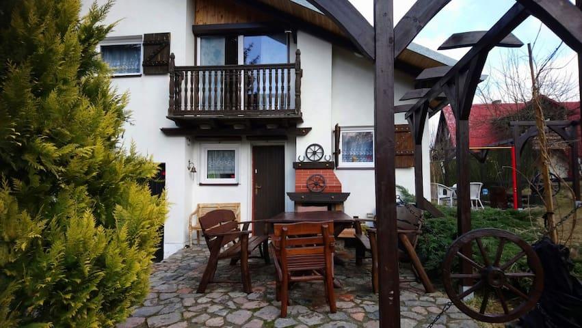 Domek na Mazurach w cichej i spokojnej okolicy