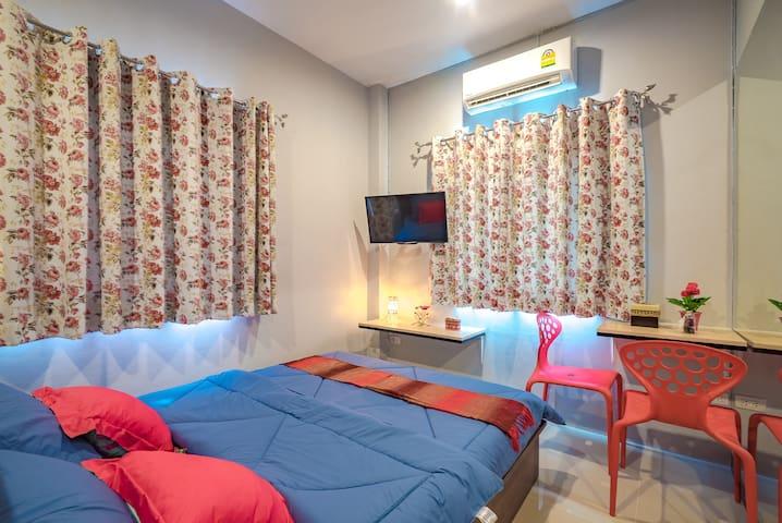 Standard Double Room 342 @ Penyos Residence