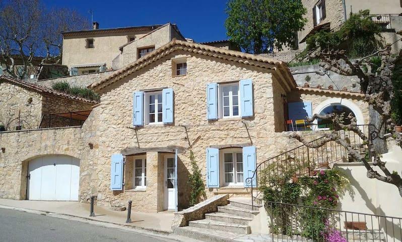 La maison de Daniel - village d'Esparron-de-Verdon