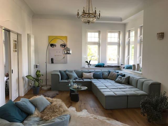 traumhaft luxus zentral viertel parkplatz 170qm wohnungen zur miete in bremen hb deutschland. Black Bedroom Furniture Sets. Home Design Ideas