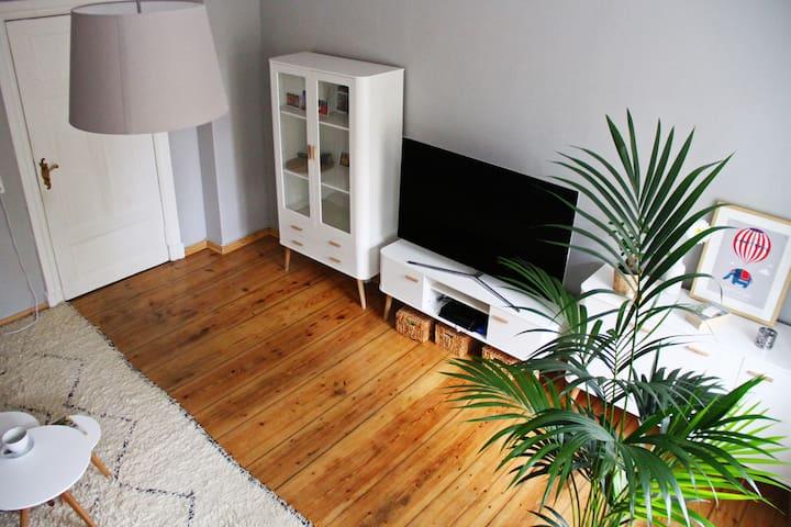 Cosy scandinavian room next to the lake Weißensee - Berlin - Lägenhet