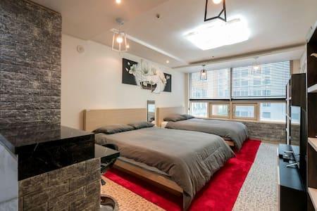 The Best in Gangnam Apartment - Seoul - Apartment