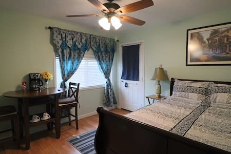 The Master's Bed & Bath Guest Suite