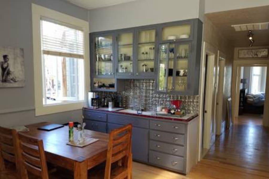 Fabulous kitchen, all the amenities !