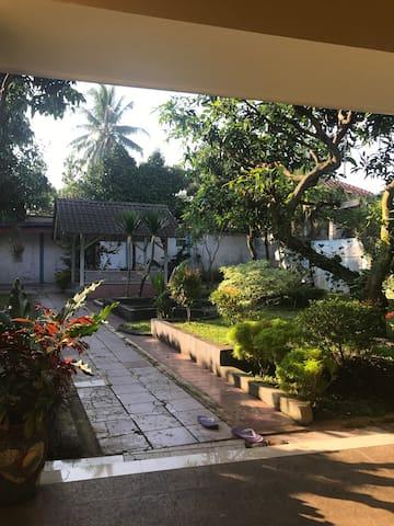 Big villa near from sentul - Bogor - House