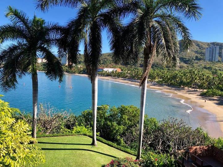 """Spectacular Villa in """"Punta Ixtapa"""""""