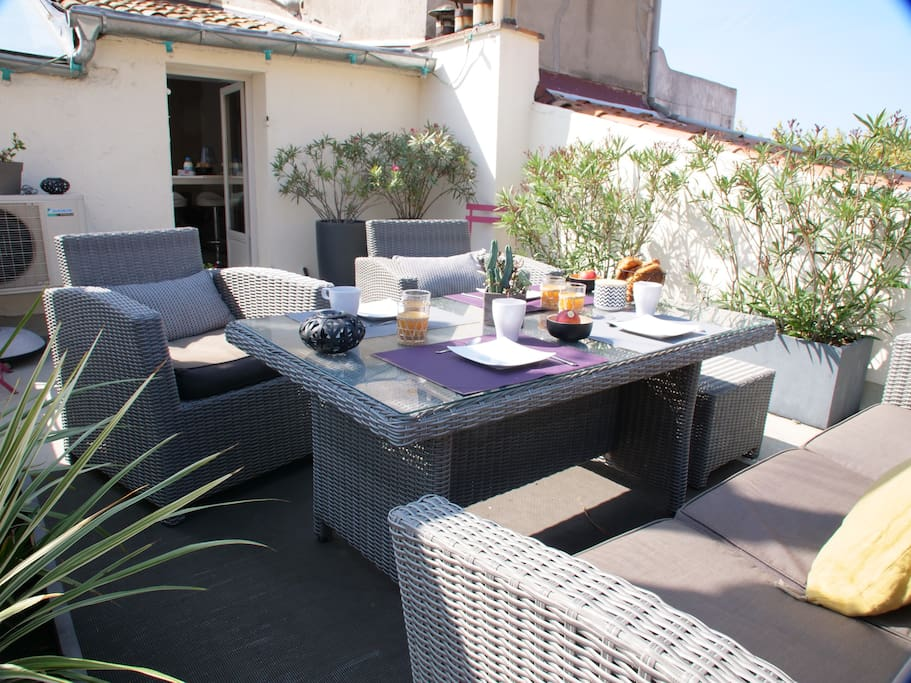 A 25 square meters terrace