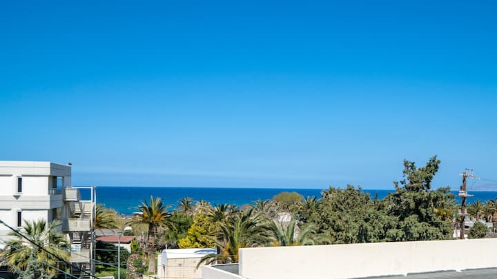 Omega Studio - Sea view - 3min walk from the beach