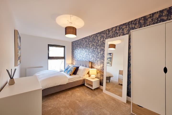 Ultra Luxe Apartment- Brindley Place/Broad St/ ICC
