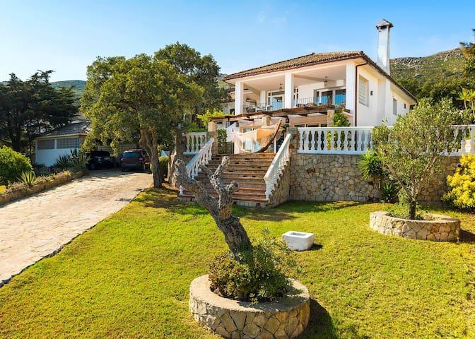 Lovely family house in El Cuarton - Tarifa - House