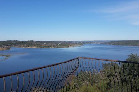 180* View & Waterfront Lake Travis. - Spicewood - House