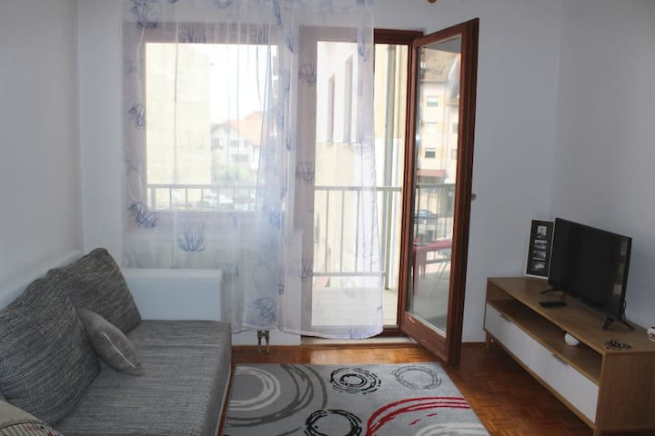 Long Village Apartment - Dugo Selo - Appartement