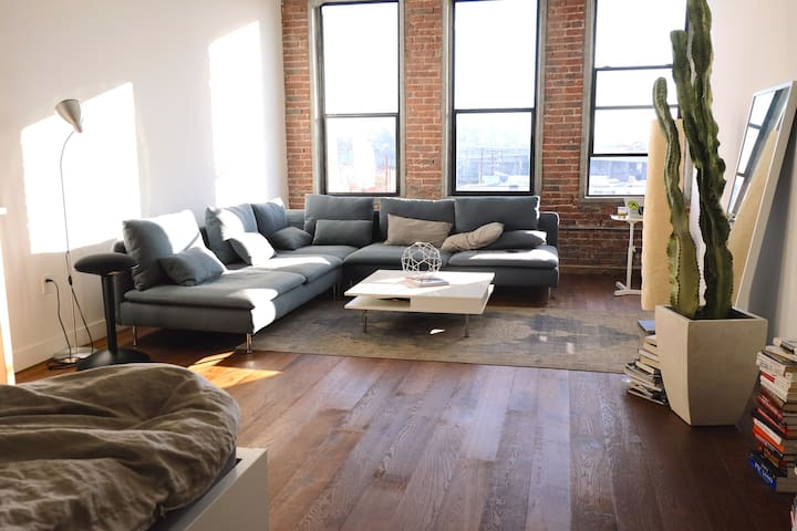 Spacious Work / Live Arts District Loft - Los Angeles - Apartemen