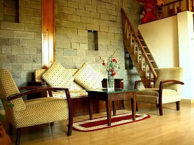 Family Suite - Kasauli - Bed & Breakfast