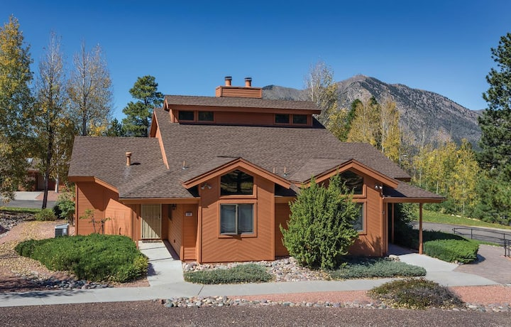 2 bedroom lock off - sleeps 8.  Wyndham Flagstaff