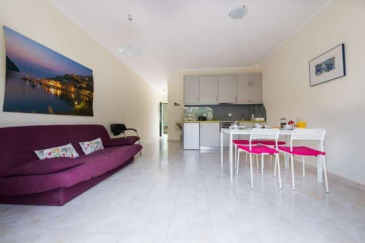 Myrtos Cottages; Cleo - Divarata - Apartment