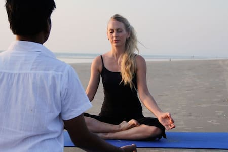 Intensive Yoga Retreat @ Sernabatim Beach - Goa del sur - Villa