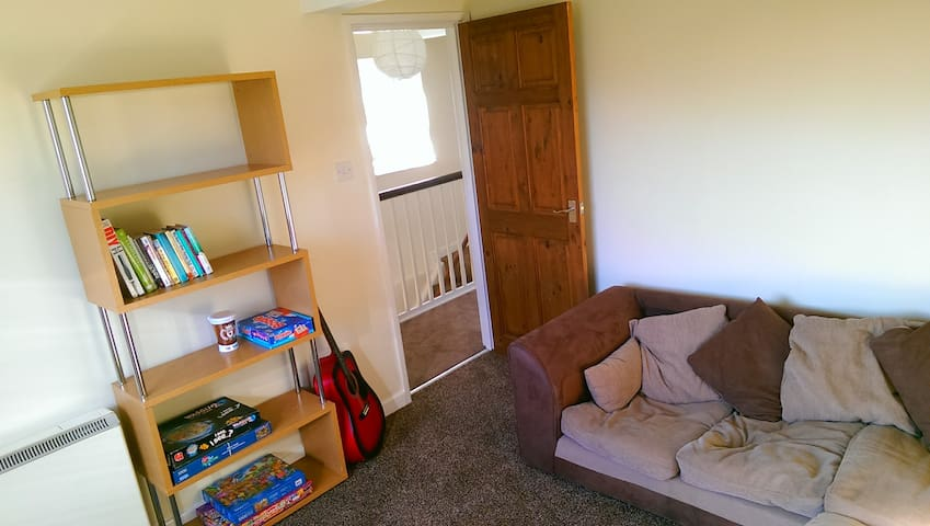 Modern 2 double Bed Apartment Near Town & Railway - Newton Abbot - Leilighet