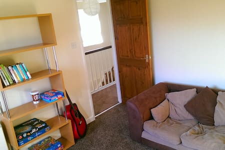 Modern 2 double Bed Apartment Near Town & Railway - Newton Abbot