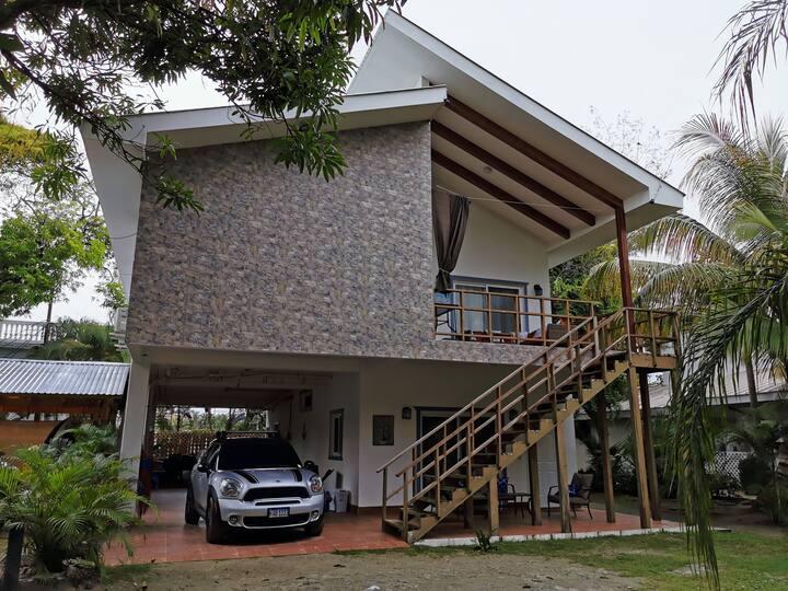 10 guests Villa Paraíso, Tela