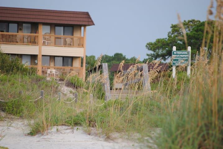 Oceanfront 1BR Condo Hilton Head SC Condominiums For Rent In Hilton Head Is