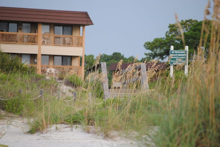Oceanfront 1BR Condo Hilton Head SC