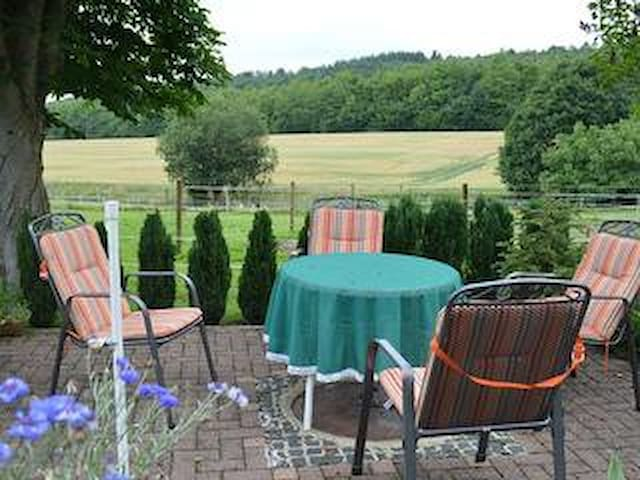 Ferien Apartment im Grünen - Meschede - Departamento