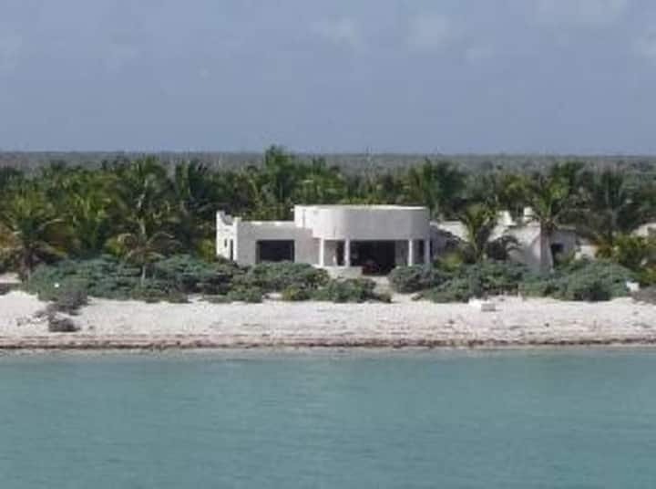 Mediterranean Style House, Caballito de Mar