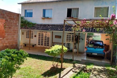 Hostel- Casa do artista