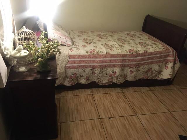 Pieza con cama nido