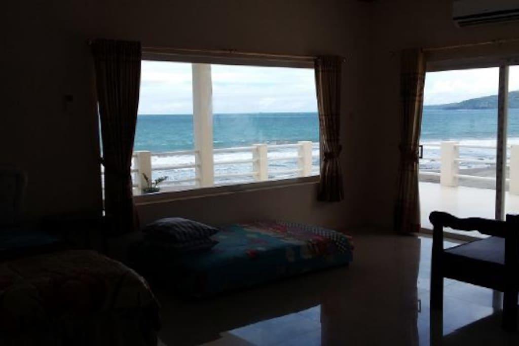 Kamar vip langsung pemandangan laut