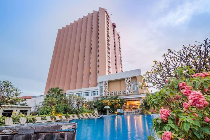 Golden Beach Hotel at Cha Am Hua Hin