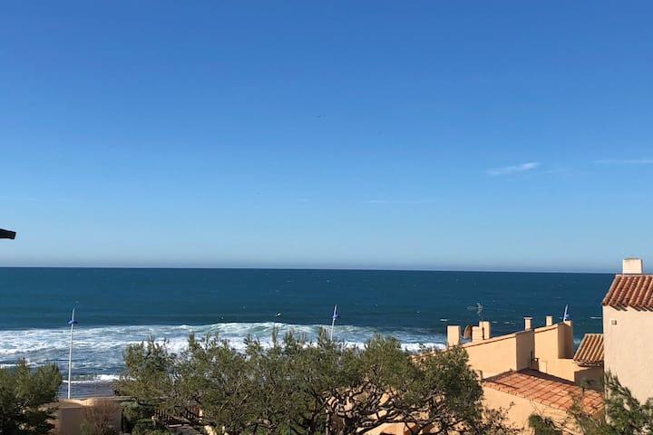 Magnifique T2 35m², face plages,  terrasse vue mer