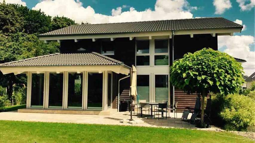 Modern House in Berlin/Teltow-Seehof