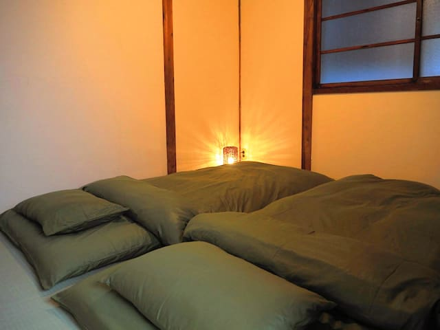 Japanese style room for 2ppl.