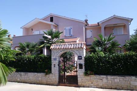 Apartment Sven-Marino; Nr.2, Porec - 波雷奇