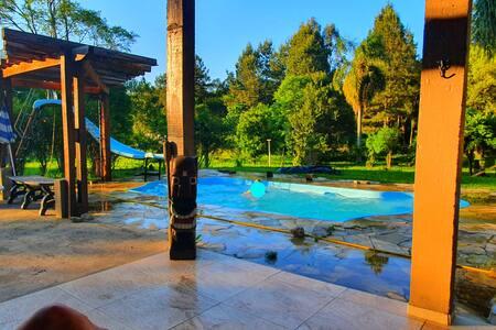 Chácara urbana com piscina em União da Vitória