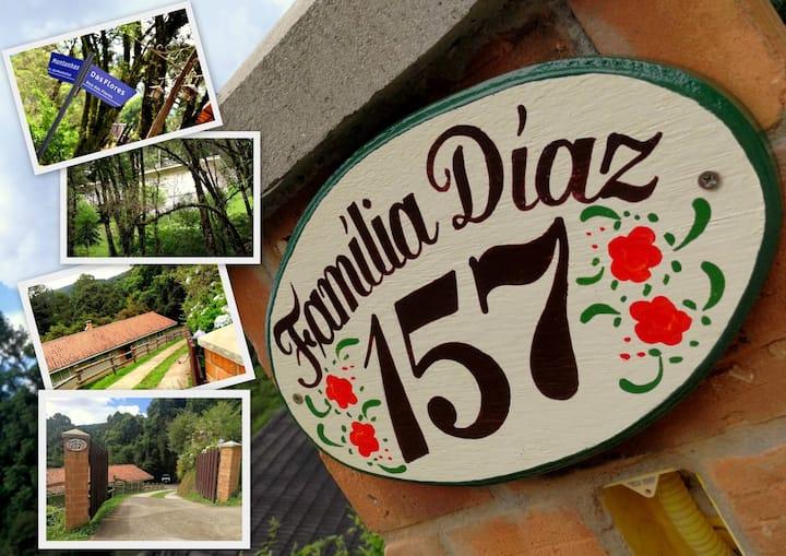 Chalé Familia Díaz em Monte Verde