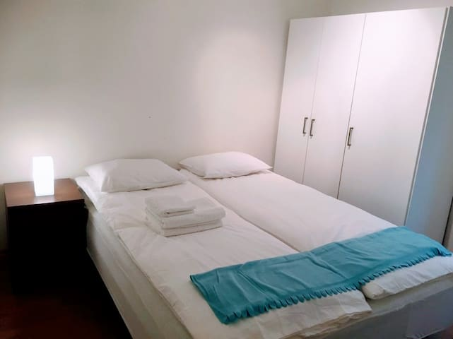 3 rooms flat 20min walk to City. Free Parking Area - 卑爾根 - 公寓