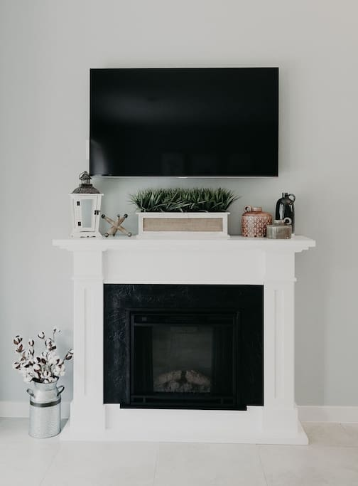 Living Room Television and Fireplace