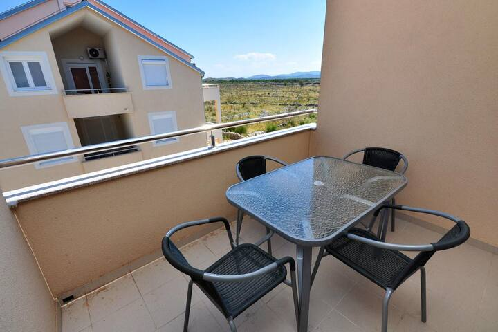 Three bedroom apartment with terrace Vodice (A-10022-a)