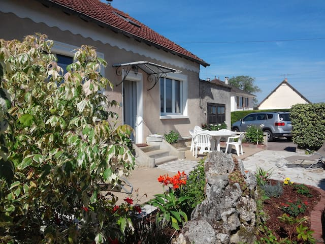 Host family in France ( Bourges ) - Bourges - Hus