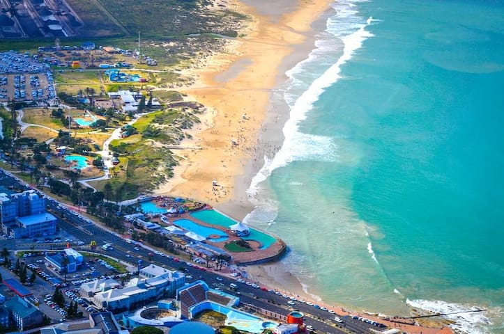 Hughes Haven near the Beach - Port Elizabeth - Talo