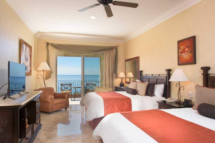 DE LA LUNA Villa La Estancia Lux Studio Riviera NT